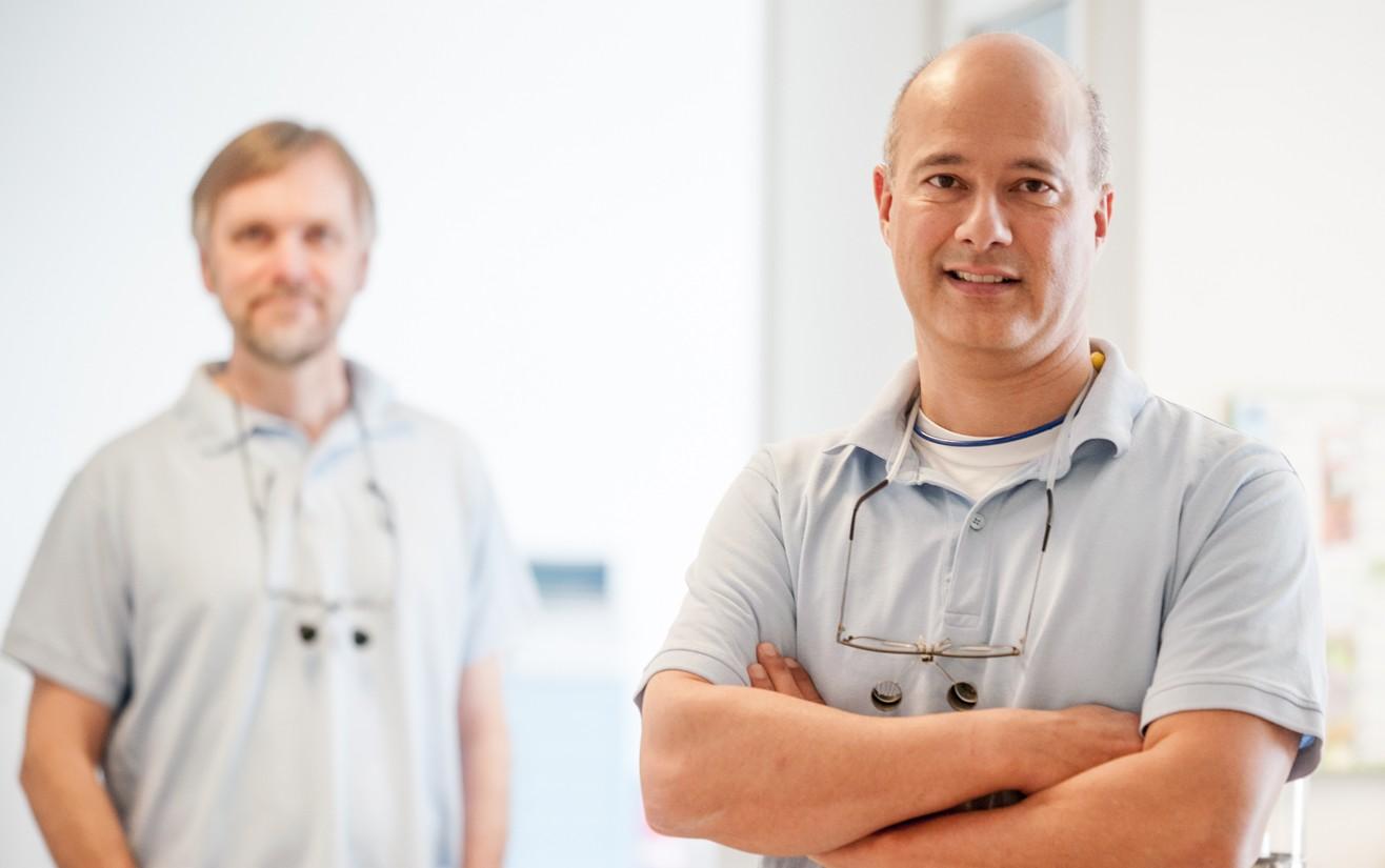 Et billede af de to tandlæger